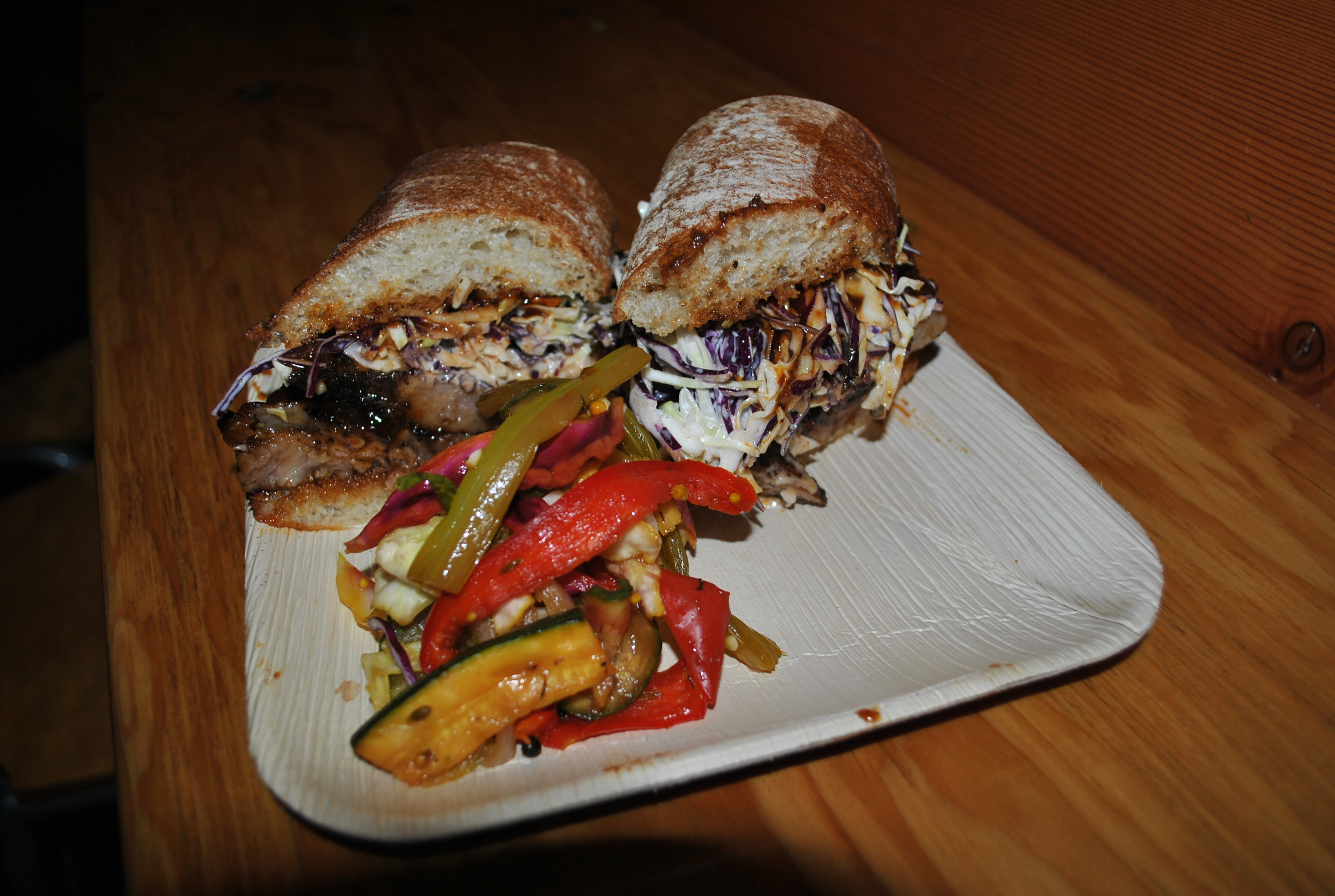 smoked-brisket-sandwich-served-with-pickled-vegetables