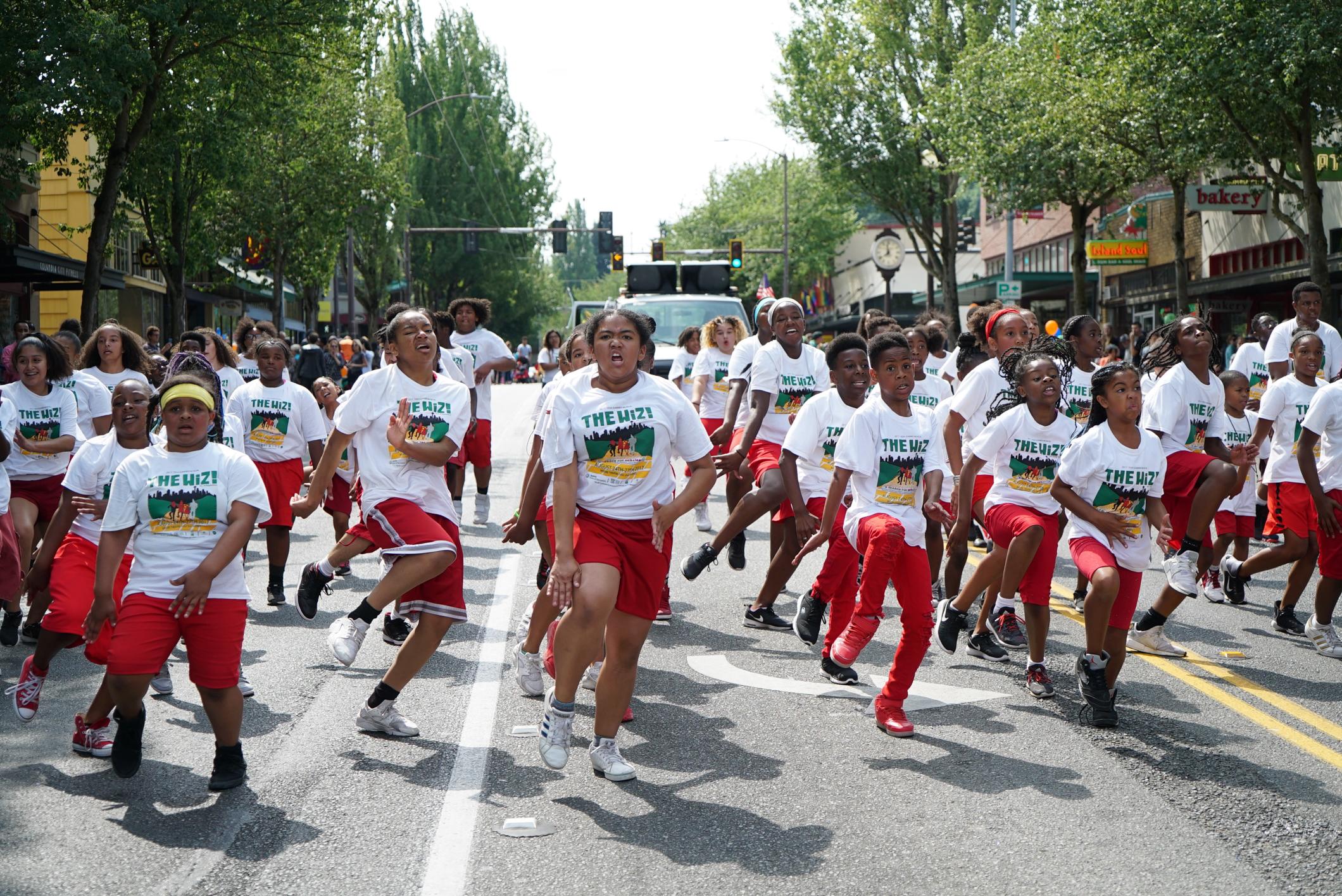 Heritage Parade 8a-Teen Musical-1