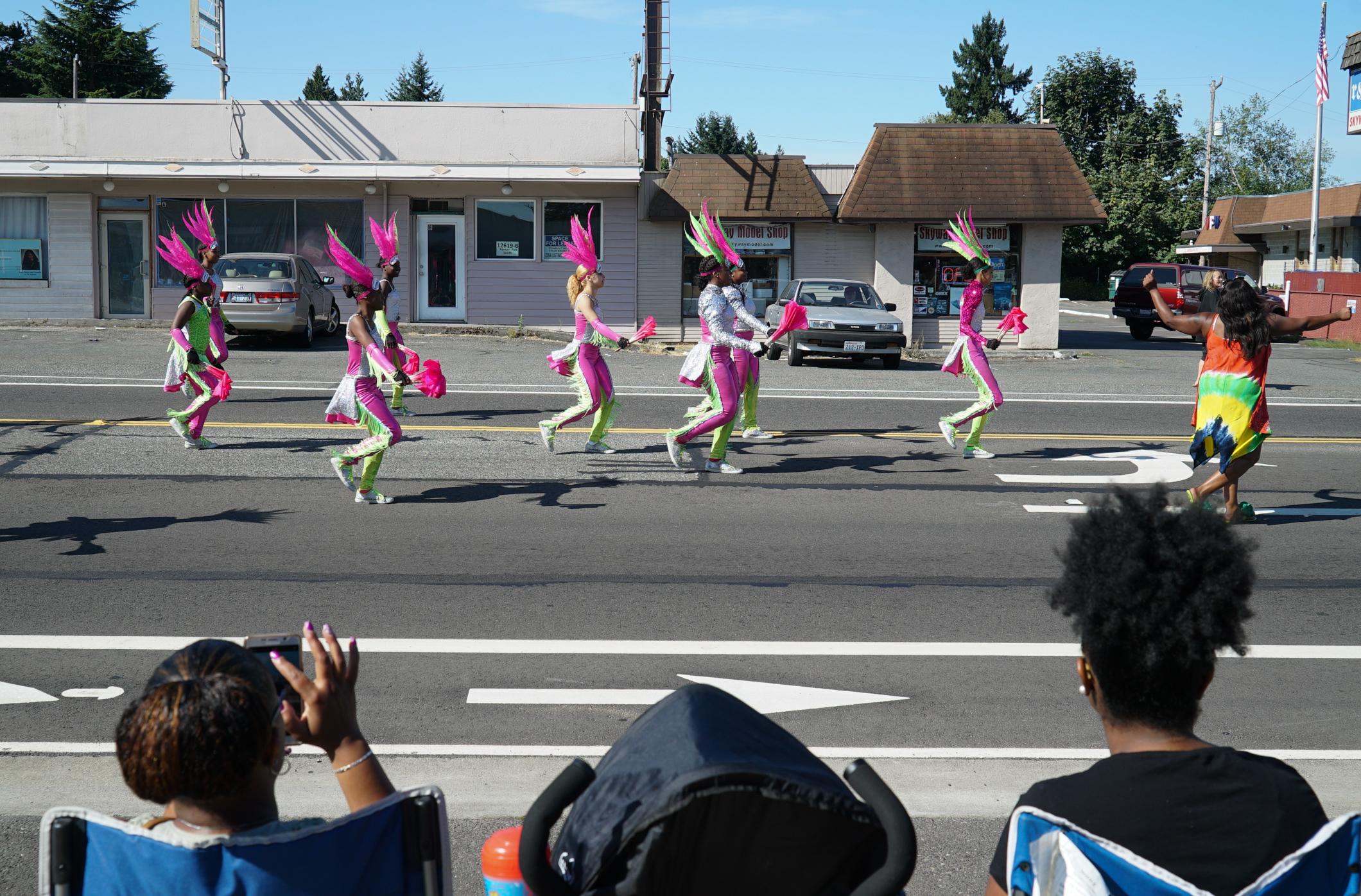 Skyway Parade 14a