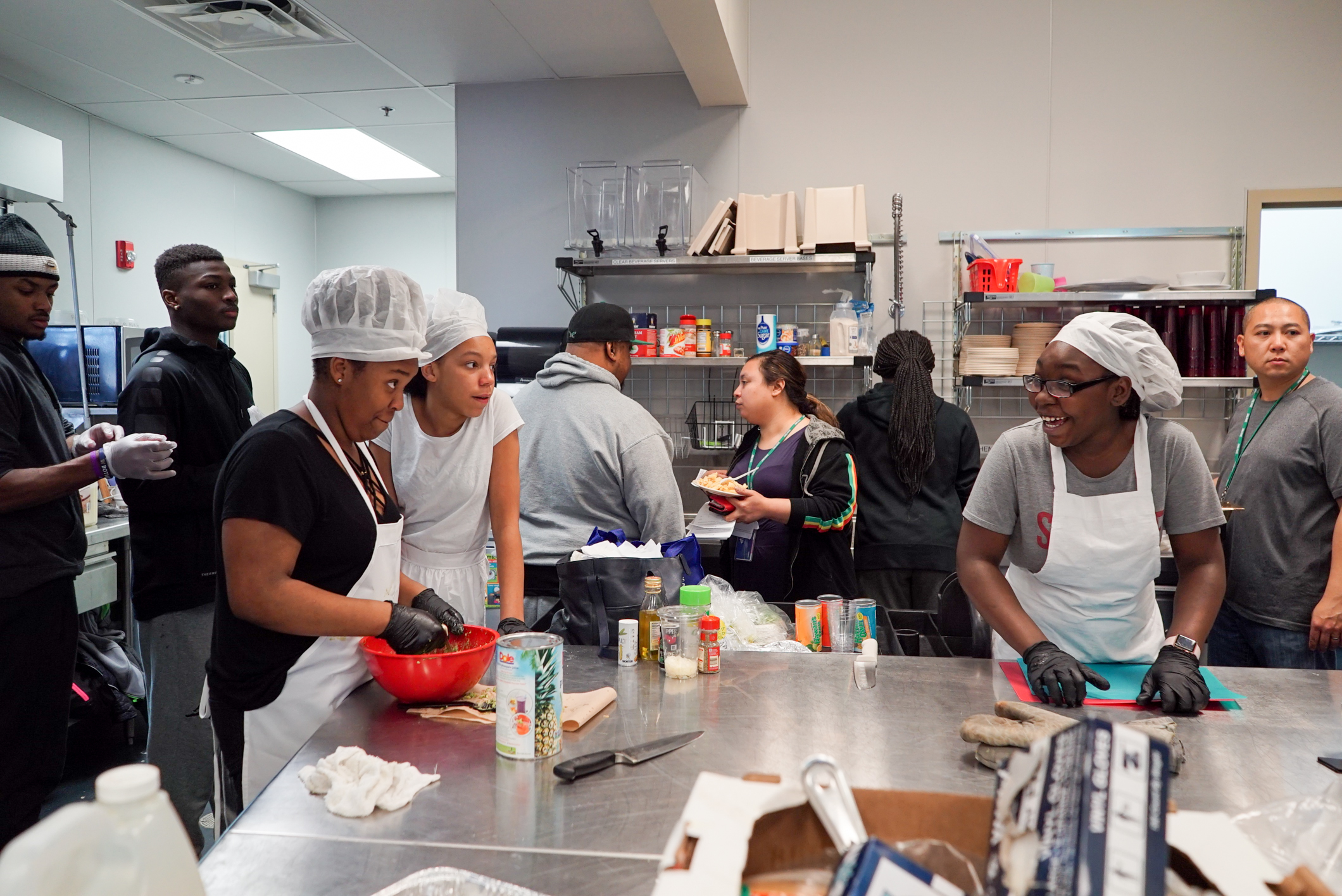 Youth cooking 4-1