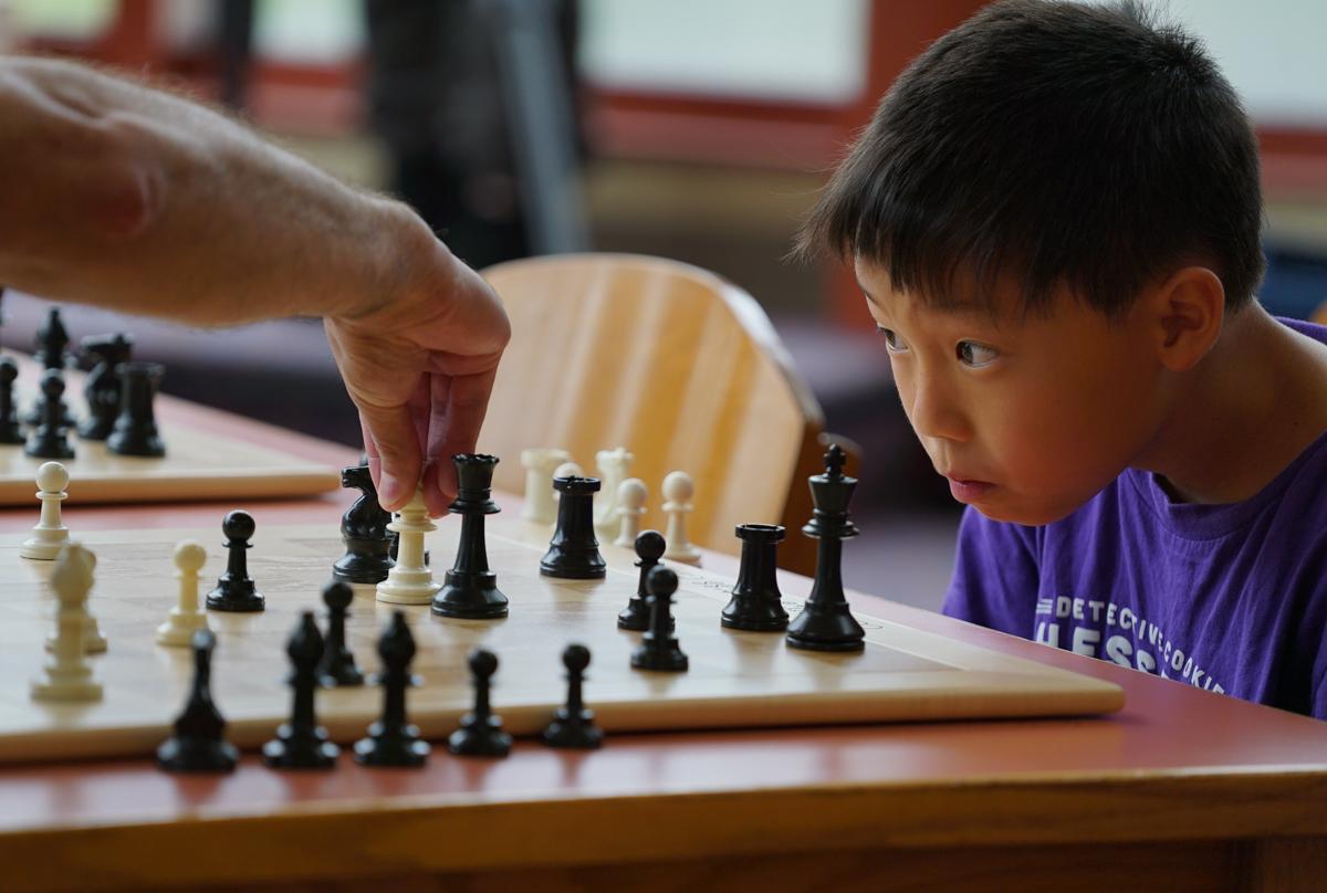 _chess -kids vs cops- Hongren 9a-1