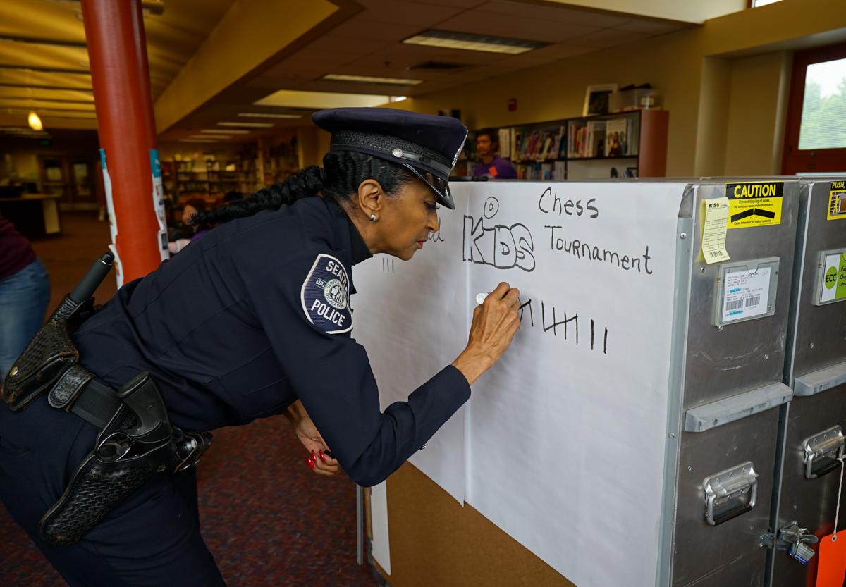 _chess -kids vs cops-tallying wins-1