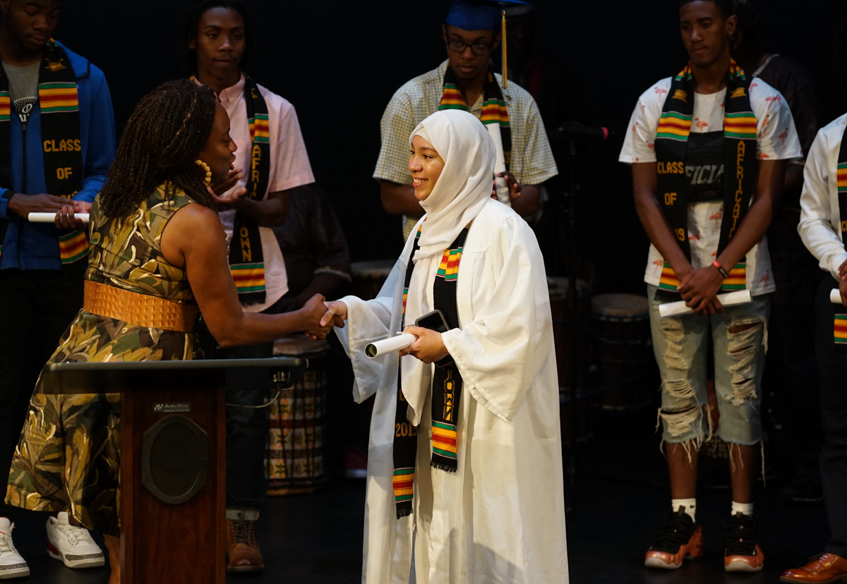 _Black Graduation -Emerald 11-1