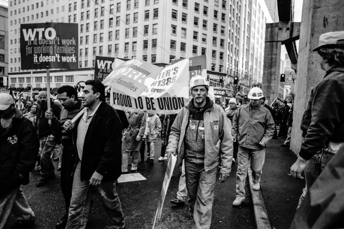 0001_WTO Anniversary -March from Seattle Center downtown b_w-0018.jpg_SSE_Fried