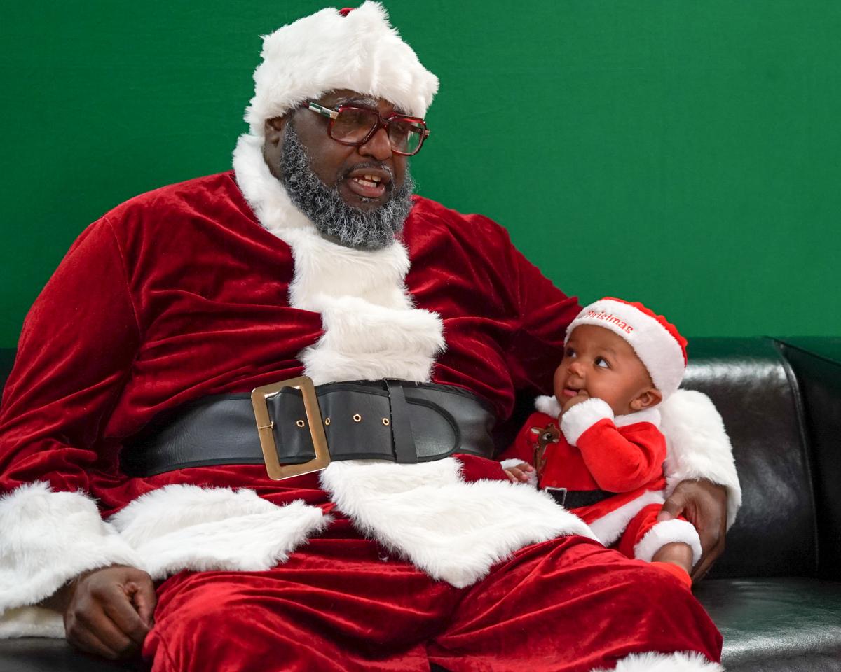 Santa -Langston 1- baby Quinton