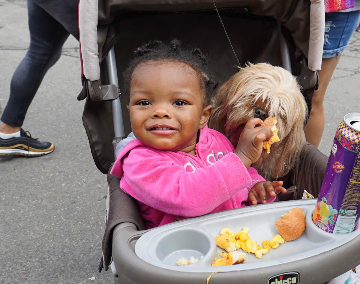 Afro Bite 15 girl & dog -3